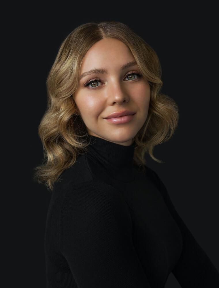 AMÉLIE  CASTONGUAY