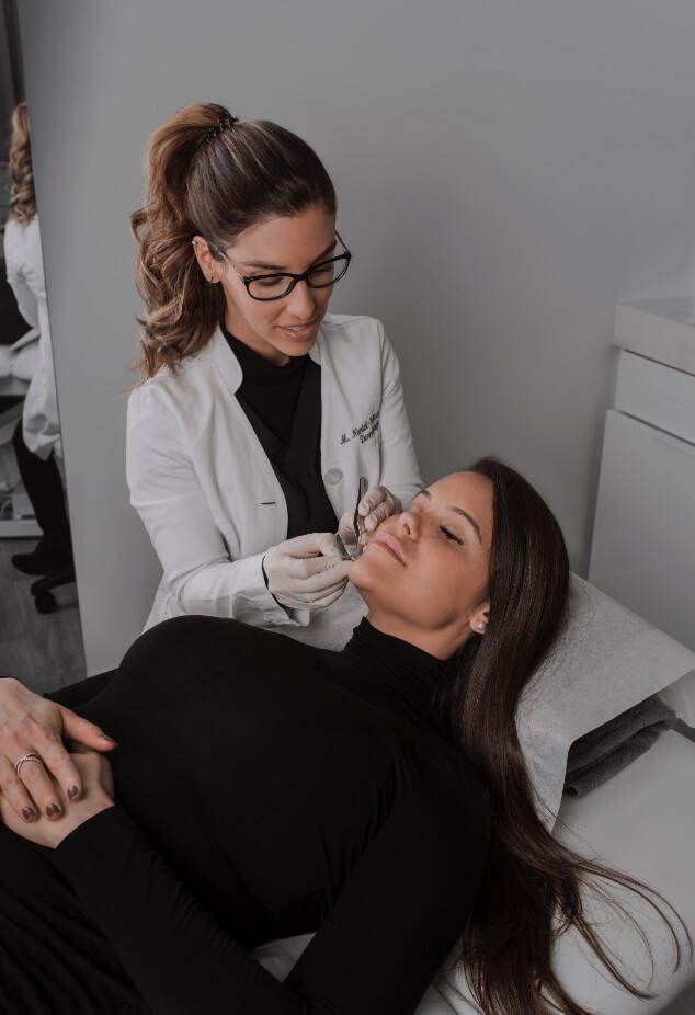Dr. Melissa Nantel-Battista, dermatologist and Mohs surgeon at Clinique Chloé.