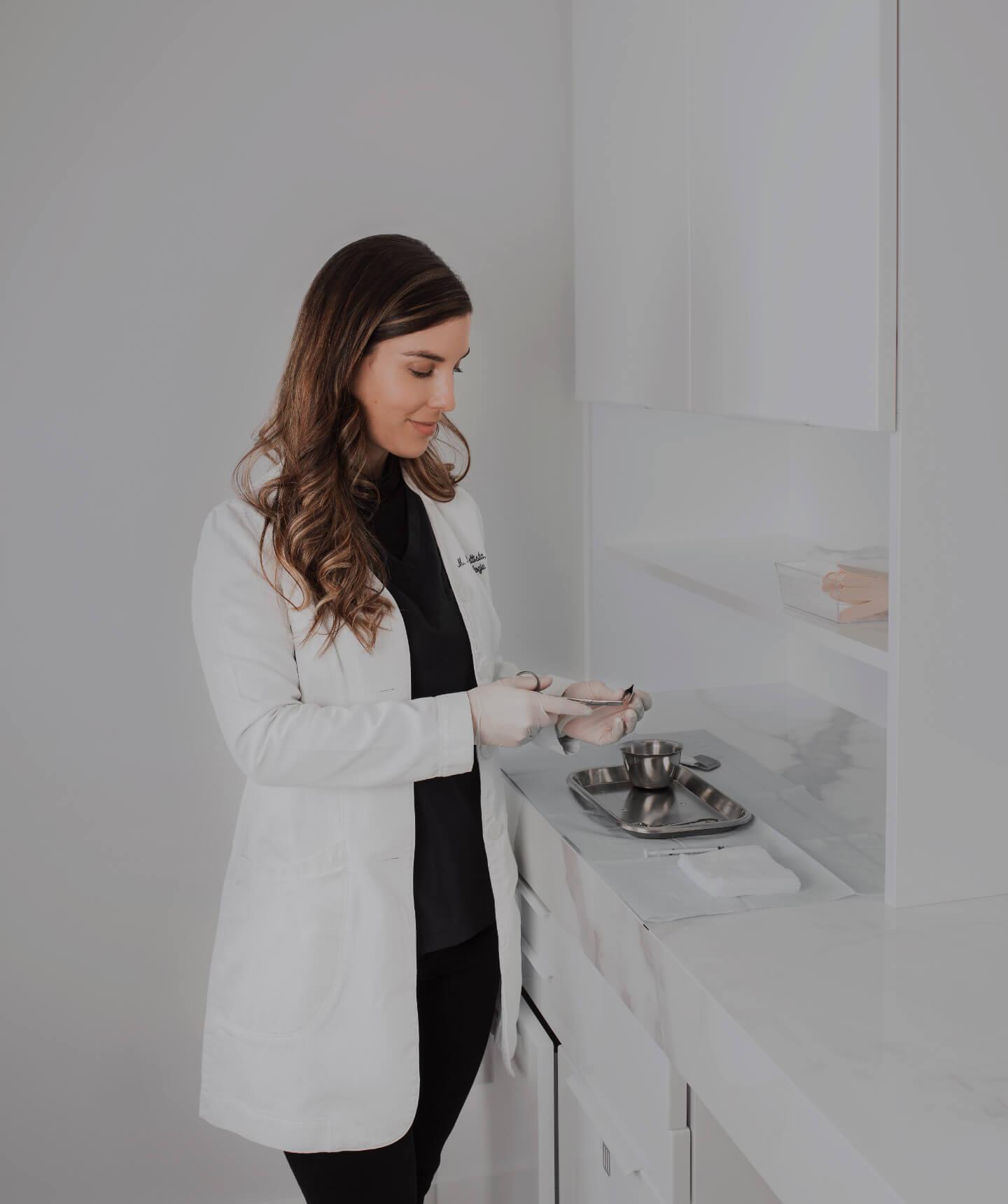 Dr. Melissa Nantel-Battista, dermatologist and Mohs surgeon at Clinique Chloé in Montreal.
